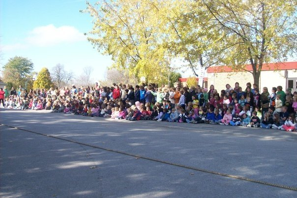 The crowd at the bus pull