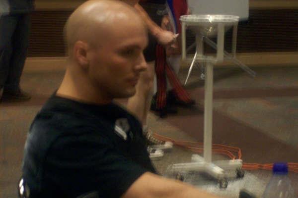 Watching Bonner's 330 pound attempt