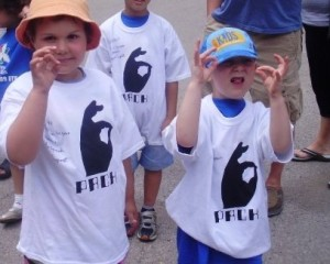 Kids throwing up the 6 in support!